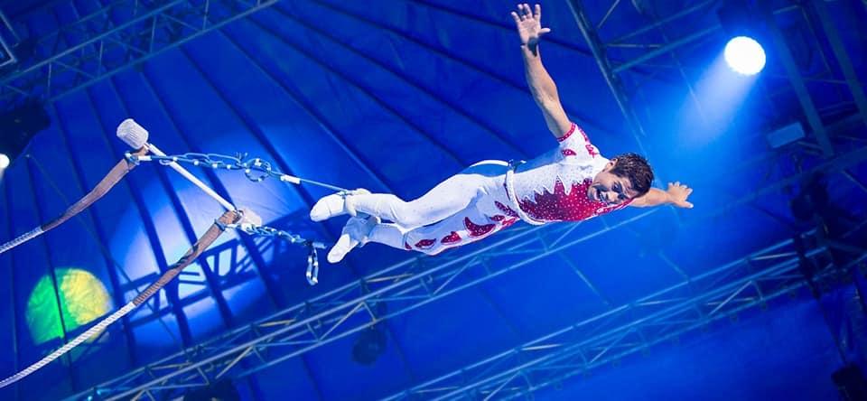 acrobate cirque noel caen