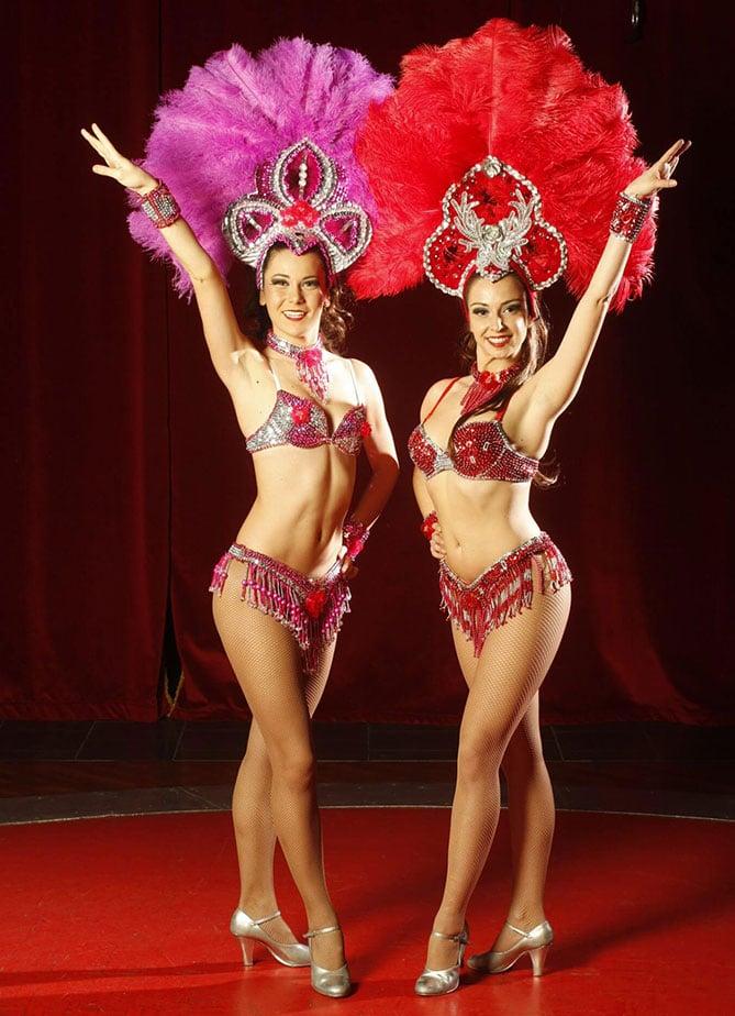 danseuse cirque noel poitiers